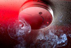 Верховный суд: системы противопожарной защиты должны быть и в старых здания
